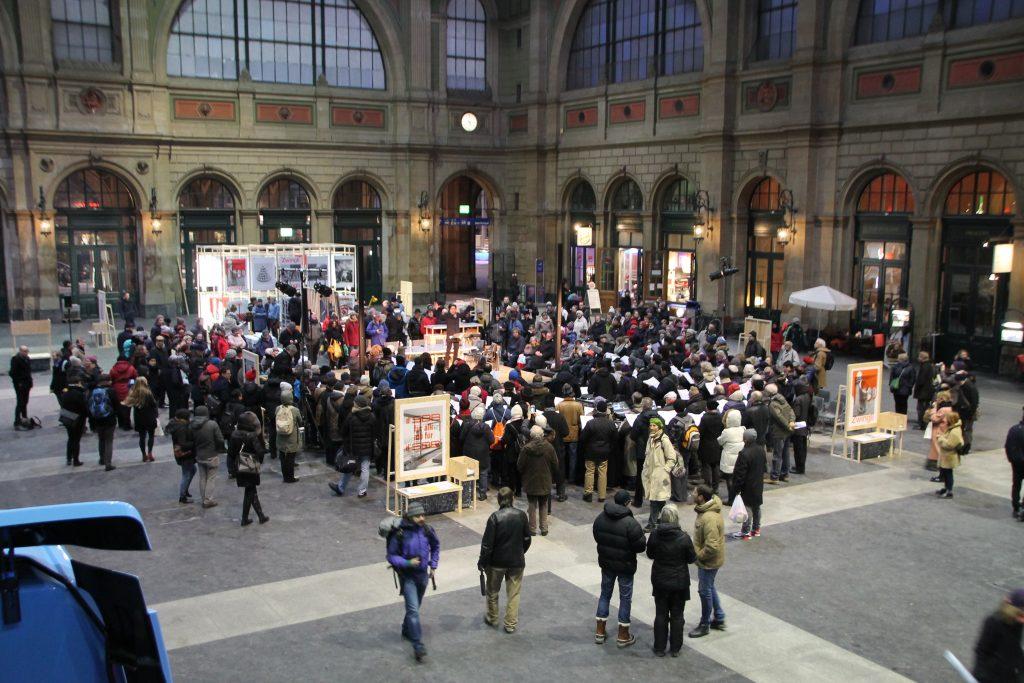 Veranstaltung zum Reformations-Jubiläum in der Bahnhofshalle in Zürich (Foto Wolfgang Krauss)